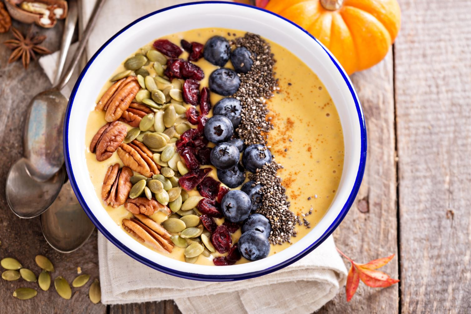 Almond Breeze Pumpkin Pie Smoothie Bowl